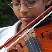 Muzikale ontplooiing met behulp van een zakelijke lening